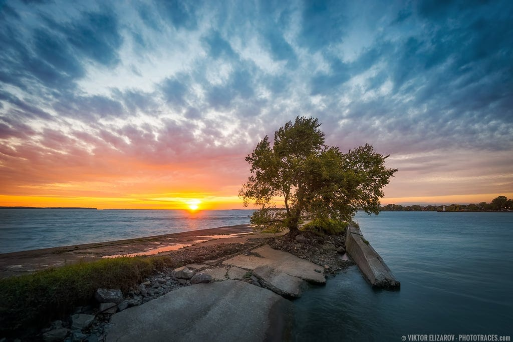 ptw Travel Photography Blog Canda Montreal Autumn Sunset at the River